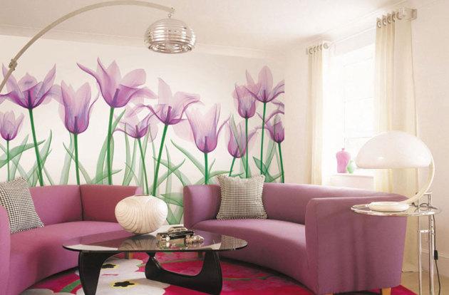 Фото: фотообои в интерьере гостиной пастельных тонов