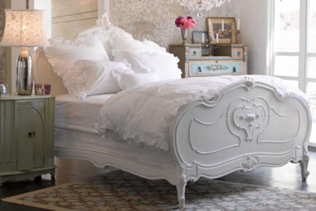 Фото: декорирование кровати резьбой по дереву