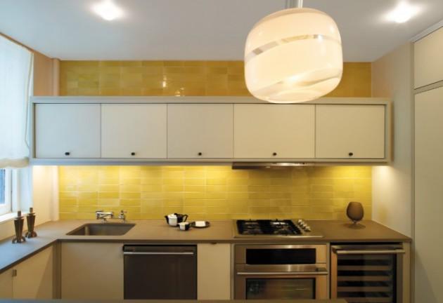 Фото: оформление рабочего фартука желтым цветом