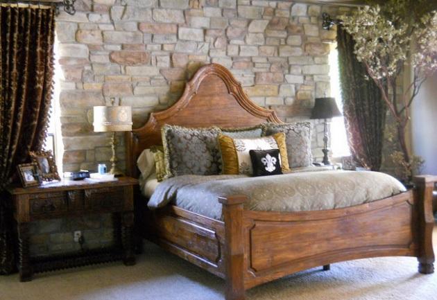 Фото: декоративный камень в интерьере спальни амбарного стиля