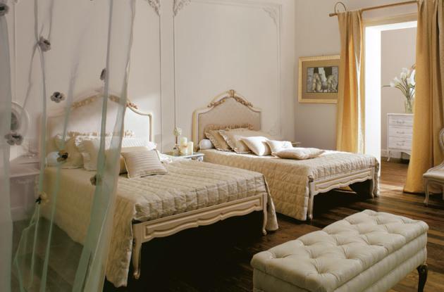 Фото: комната для двоих детей в классическом стиле
