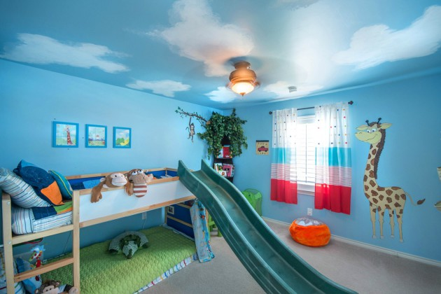 Фото: декорирование стен детской комнаты виниловыми наклейками