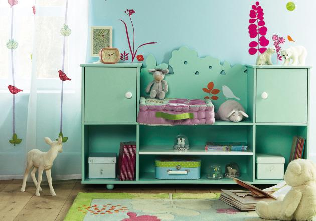 Фото: бирюзовые тона придадут детской комнате комфорт и уют