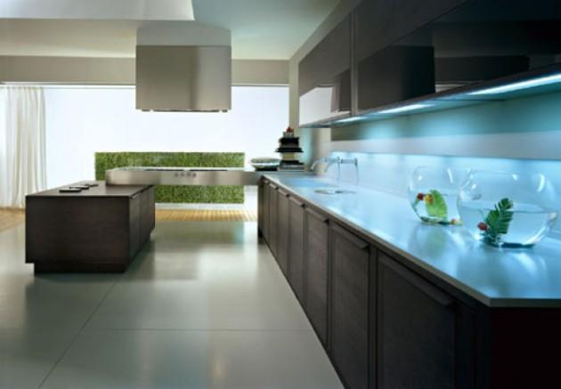 Фото: подсветка рабочей зоны на кухне, выполненной в стиле хай-тек