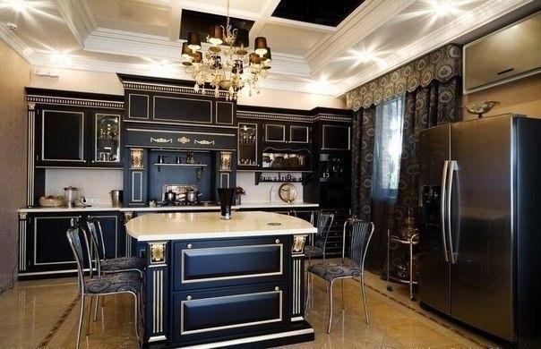 Фото: декорирование мебели золотистыми элементами