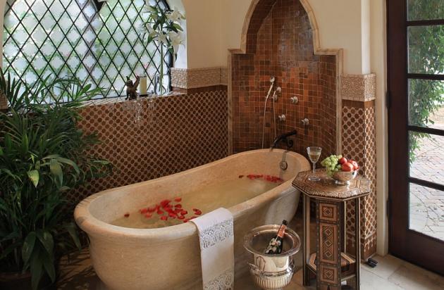 Фото: арочные элементы являются неотъемлемой частью марокканского стиля