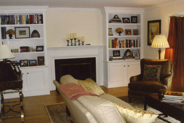 Фото: гостиная в американском колониальном стиле