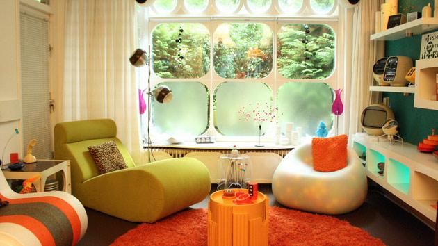Фото: необычные формы мебели станут оригинальным решением для интерьера в стиле ретро