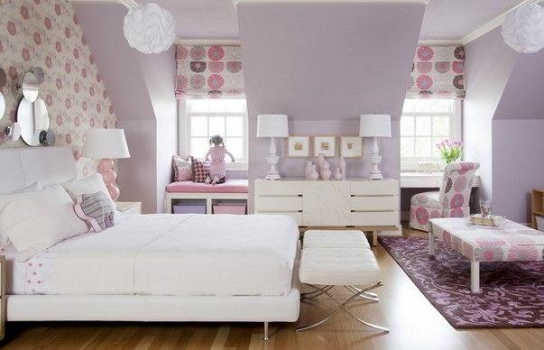 Фото: римские шторы идеально впишутся в интерьер комнаты для девочки 10-ти лет