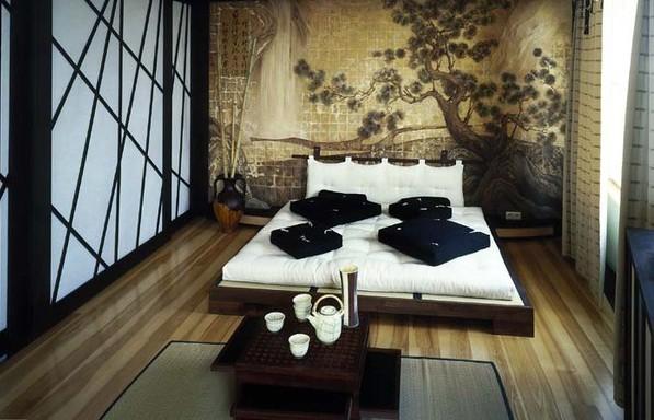 Фото: декорирование стены фреской в интерьере спальни