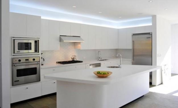 Фото: встроенный кухонный гарнитур