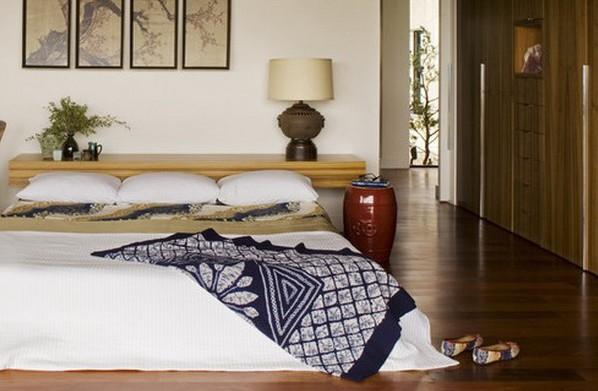 Фото: спальное место на матрасе