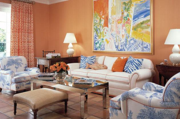 Фото: отделка стен пастельным оранжевым