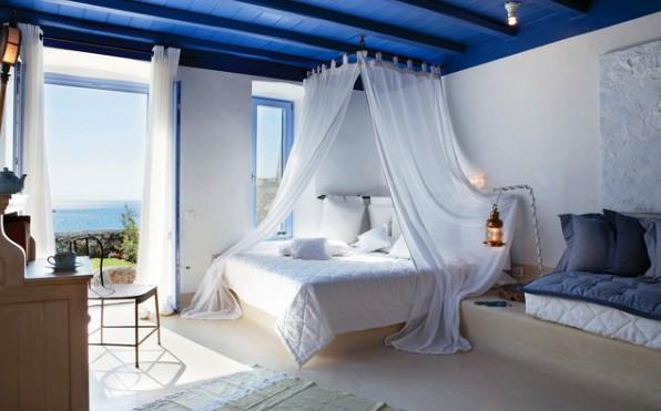 Фото: спальня в греческом средиземноморском стиле