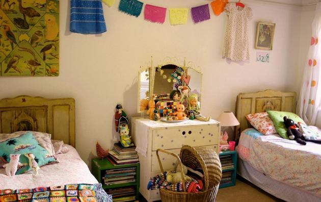 Фото: детская комната в стиле ретро