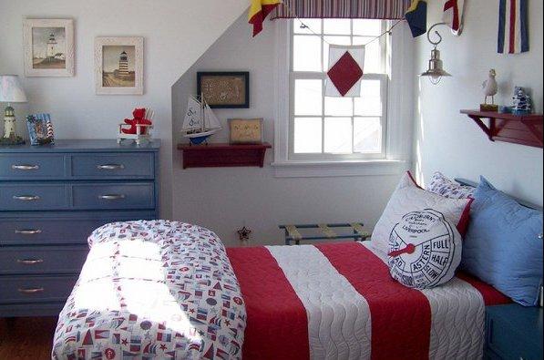 Фото: детская комната в морском стиле для девочки