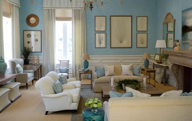 Фото: отделка нижней части стены деревянными панелями подчеркнет особенности английского стиля