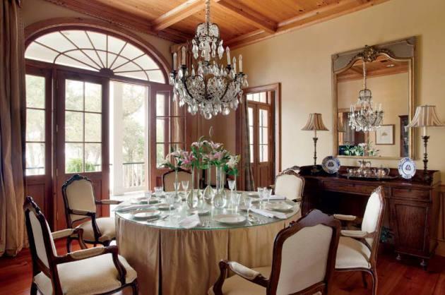 Фото: столовая в французском колониальном стиле