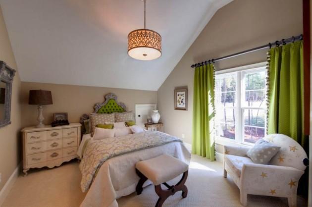 Фото: спальня в стиле эклектика на мансарде