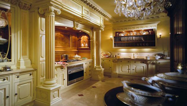 Фото: кухня в античном стиле