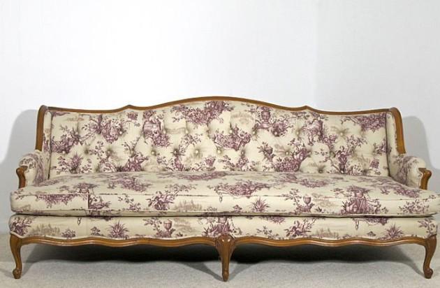 Фото: обивка дивана материалом с цветочным рисунком