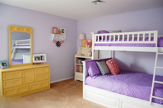 Фото: двухъярусная кровать станет наилучшим решением для небольших комнат