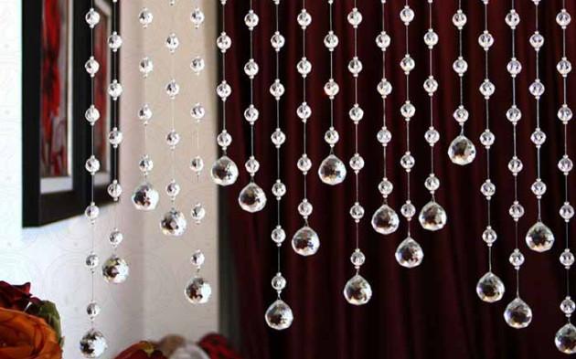 Фото: штора из стеклянных бусин