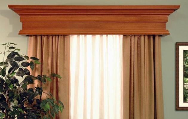 Фото: деревянный карниз в интерьере спальни