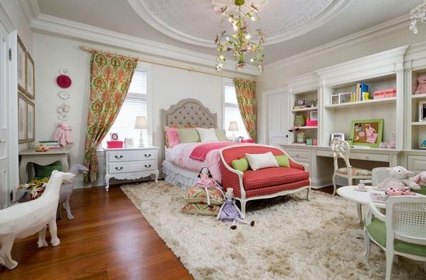 Фото: ковер в комнате для девочки