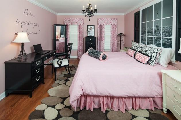 Фото: зеркало во весь рост в интерьере комнаты для девочки