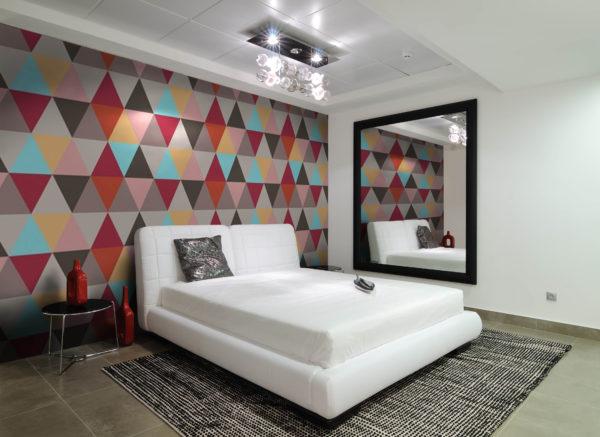 Дизайн-проект спальни в стиле хай-тек