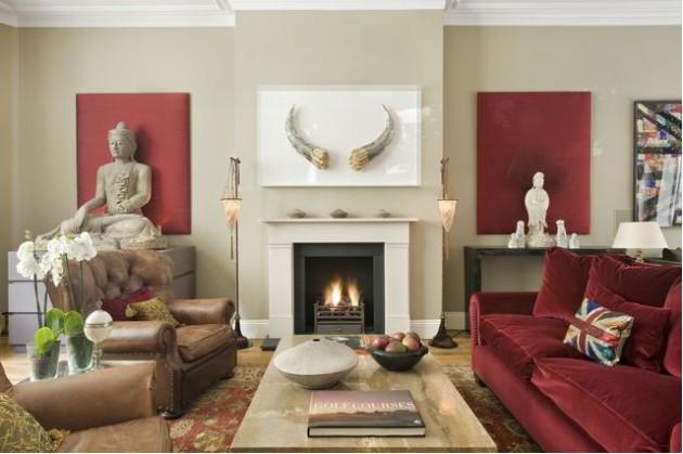 Пример интерьера гостиной с красным диваном