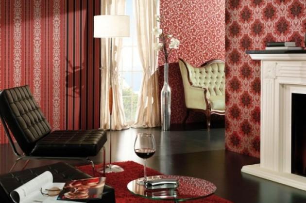 Комбинированные обои красного цвета в гостиной