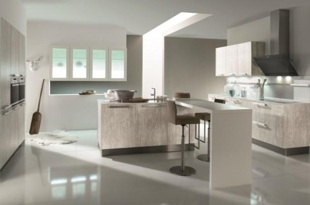 Удобная и светлая кухня