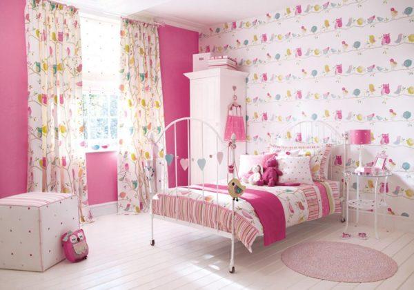 Дизайн детской комнаты в розовых тонах для девочки