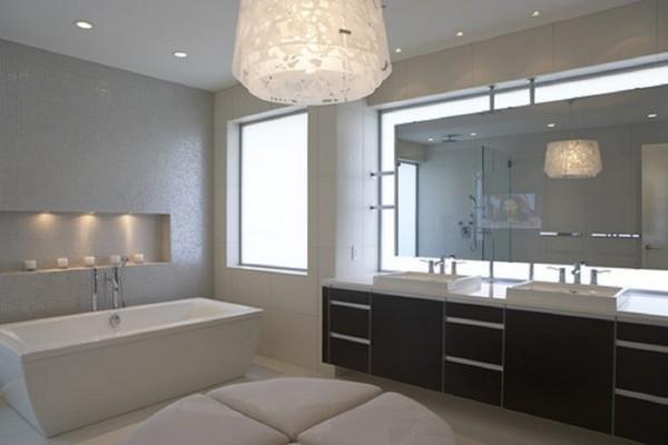 Дизайн ванной комнаты с тёмной мебелью
