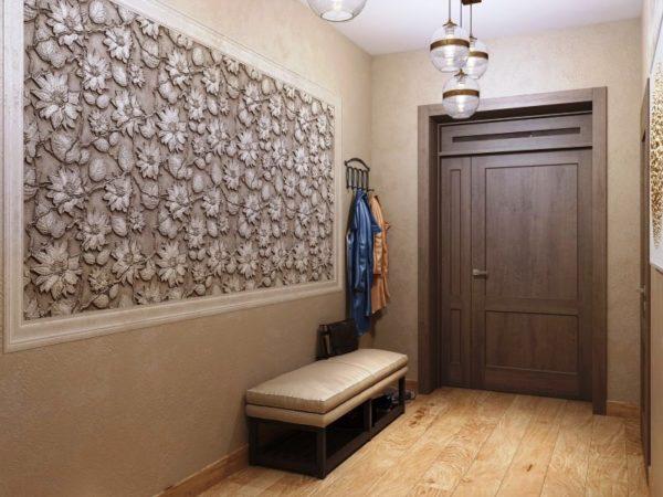 Фреска на стене в дизайне прихожей