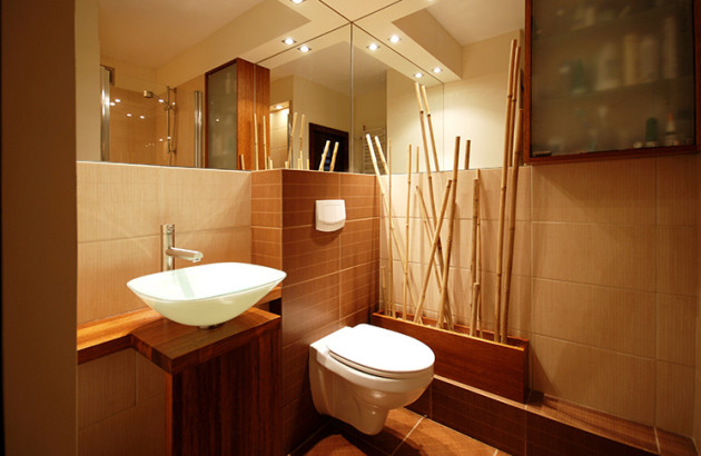 Уютная ванная в тёплых тонах