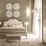 Декоративные молдинги в спальне