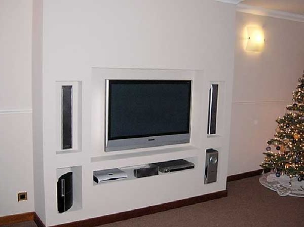 Портал из гипсокартона под телевизор