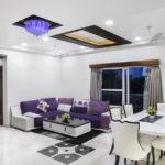 Серый цвет текстиля в интерьере гостиной