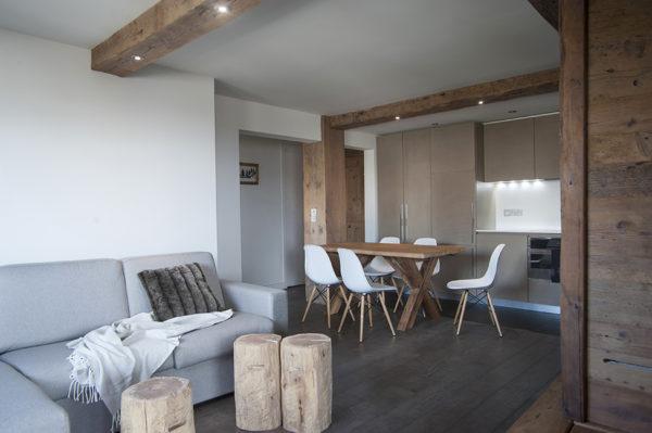 Интерьер маленькой квартиры в стиле шале