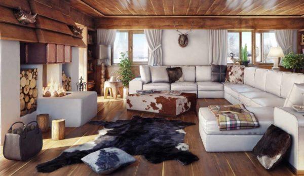 Гостиная с открытым камином и белой мебелью