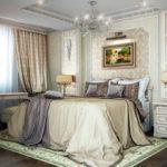 Сочетание серого и бежевого отлично подходит для оформления спальни в классическом стиле