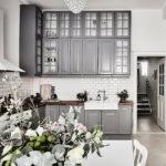 Серый в интерьере кухни
