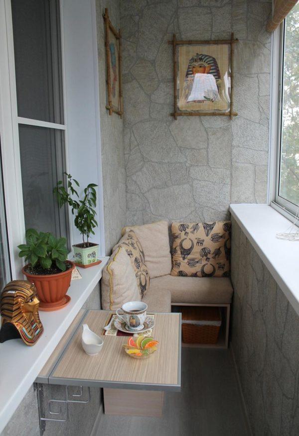 Мебель на балконе в хрущёвке