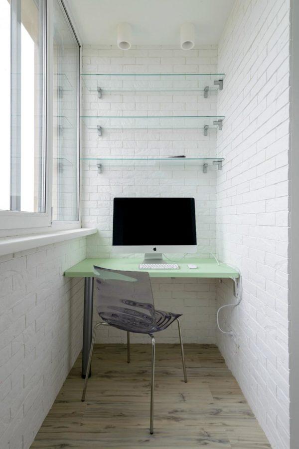 Прозрачная мебель для лоджии