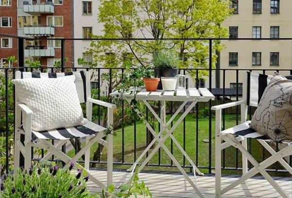 Складывающаяся мебель для балкона