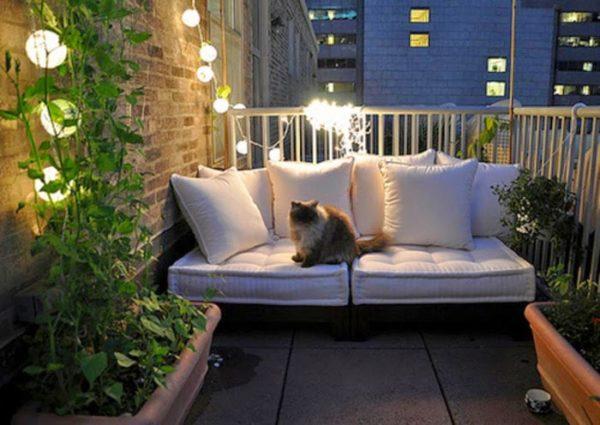 Современный стиль в интерьере балкона