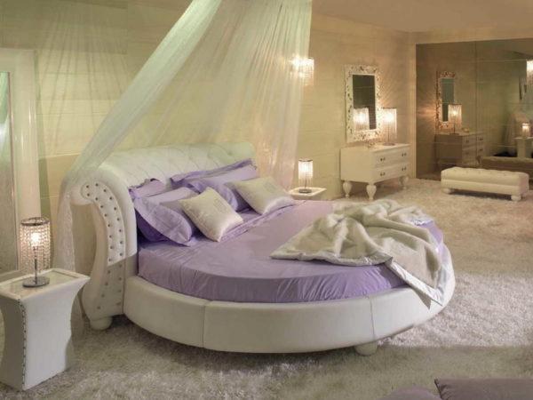 Круглая постель